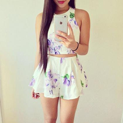 Sweet Floral Print Tops + Shorts Tw..