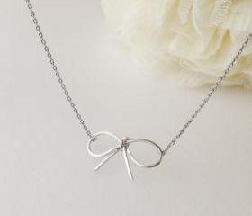 Bow Necklace In Silv..