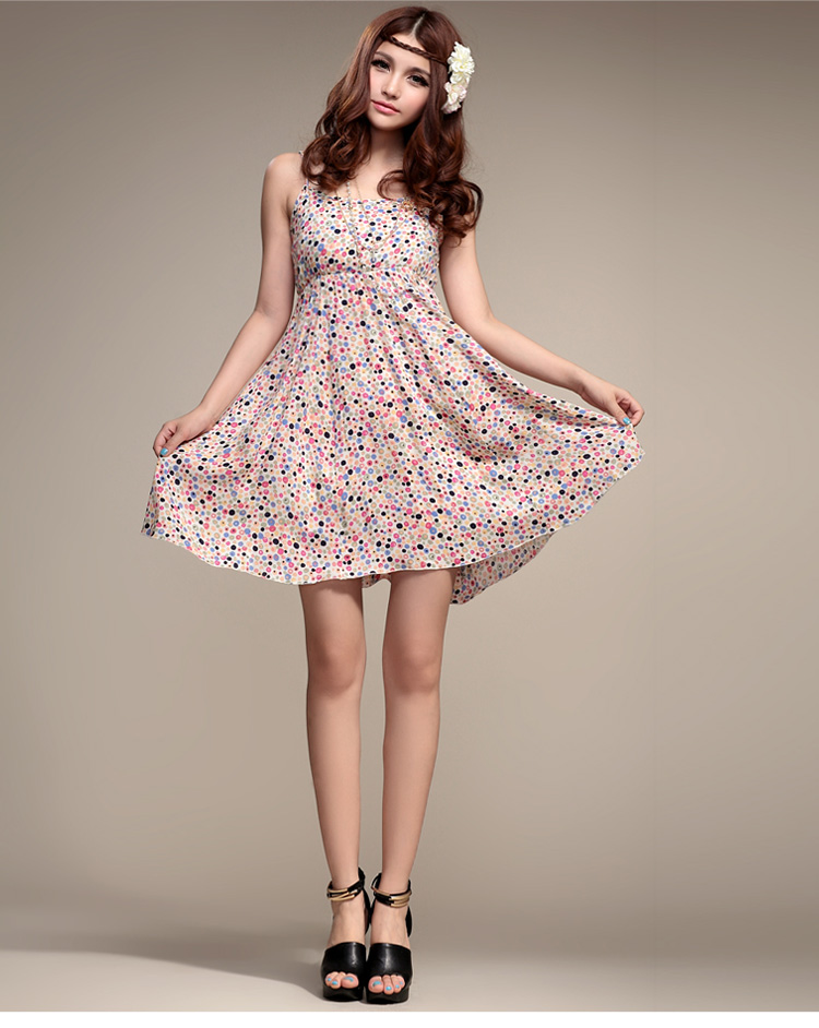 2014 Fashion spring new Korean version of the small floral fresh and sweet bottoming Dress L002