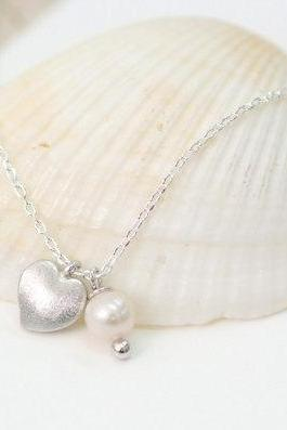 Tiny Heart Necklace Freshwater Pearl Apple Heart Necklace Everyday Jewelry Delicate Minimal Jewelry