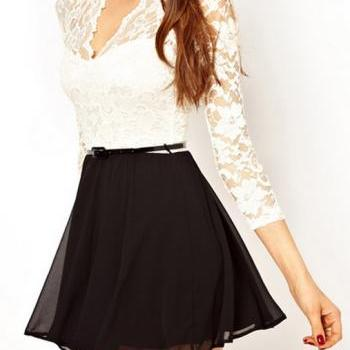 Two Tone Design Hollow Lace Splicing V Neck A Line Dress